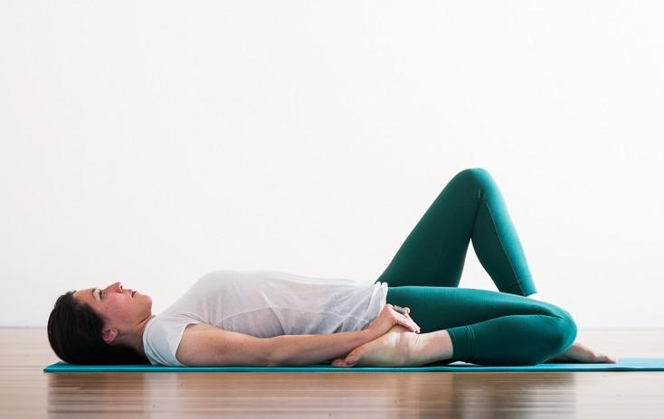 Eka Pada Supta Virasana | Purna Yoga Hip Series by Aadil Palkhivala