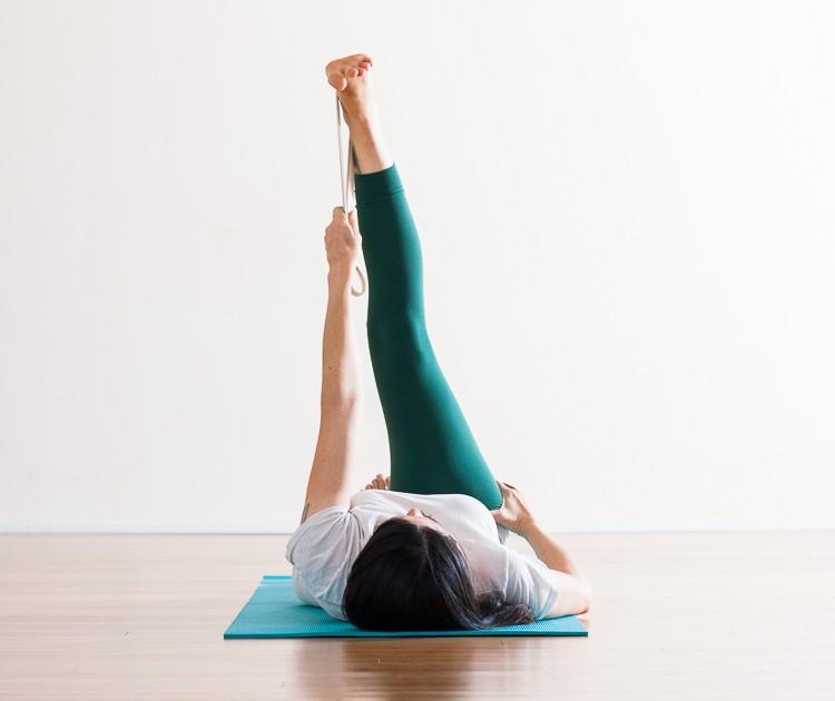 Parivrtta Supta Padangusthasana |Adduction | Purna Yoga Hip Series by Aadil Palkhivala
