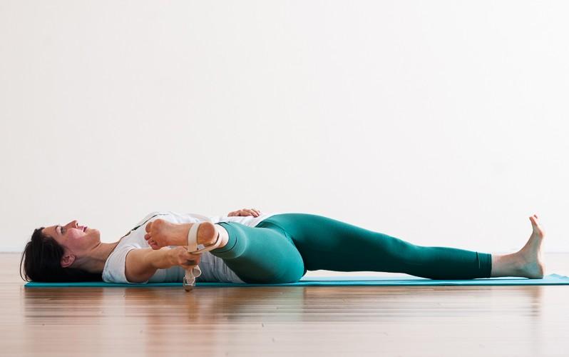 Parshva Supta Padangusthasana | Purna Yoga Hip Series by Aadil Palkhivala