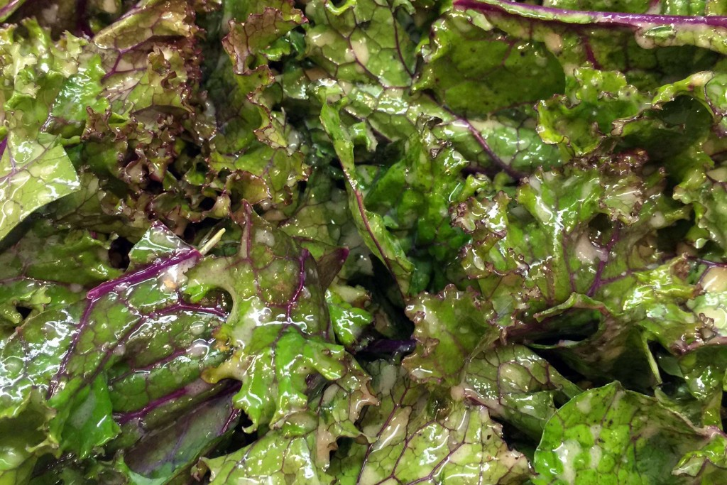 Kale with Mustardy Vinaigrette | Live Yoga Now