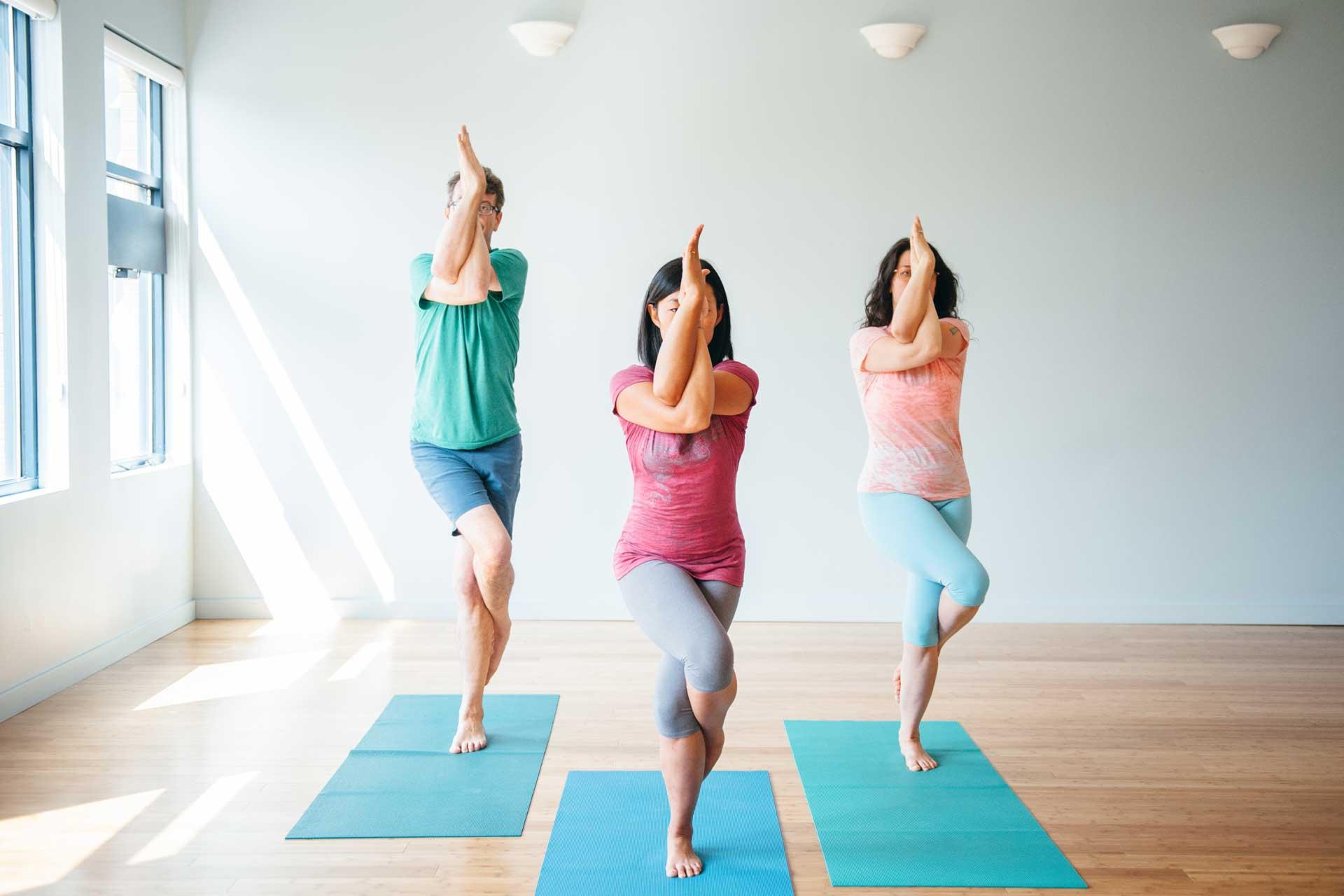 Garudasana - Eagle Pose | Live Yoga Now